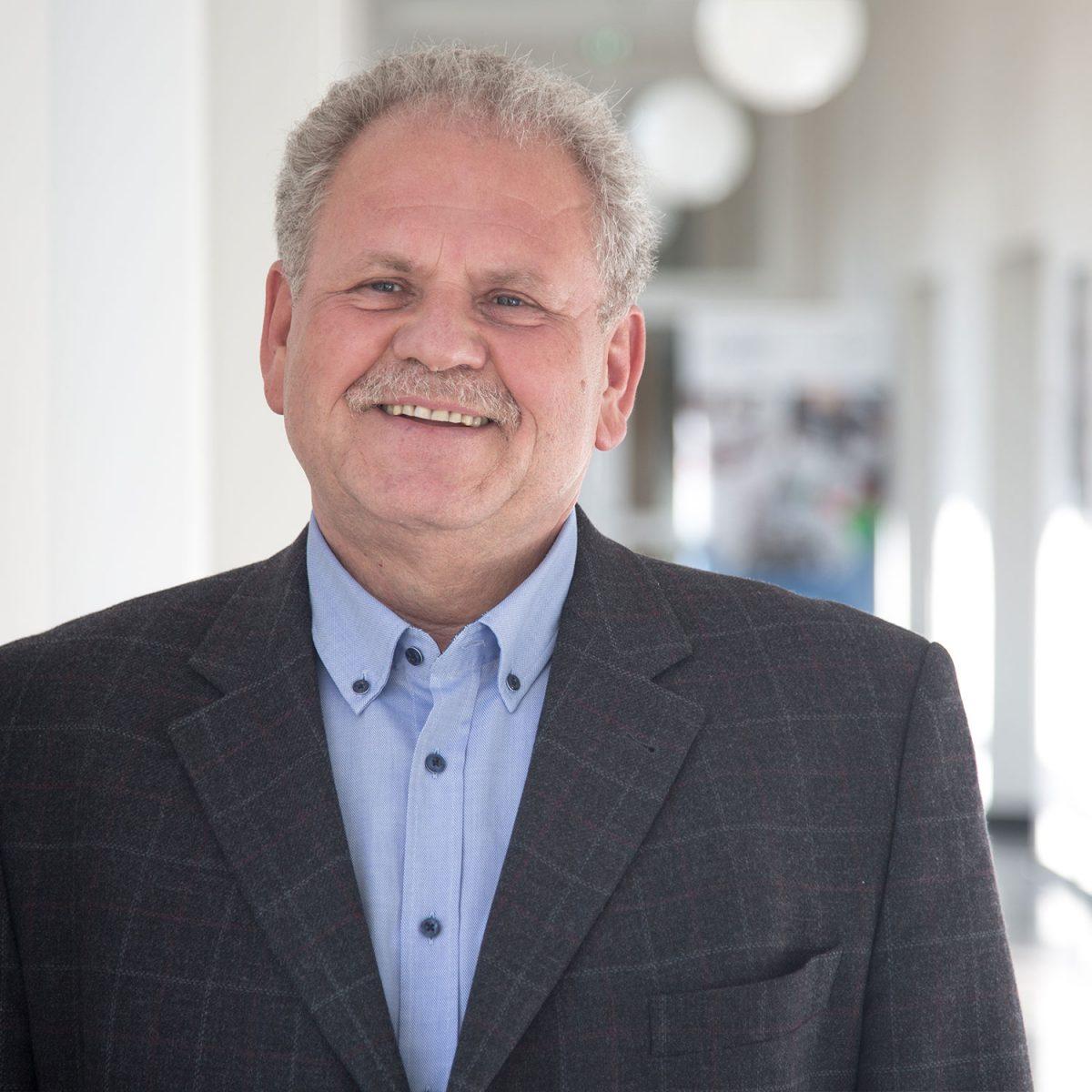 Karl-Heinz Weiß